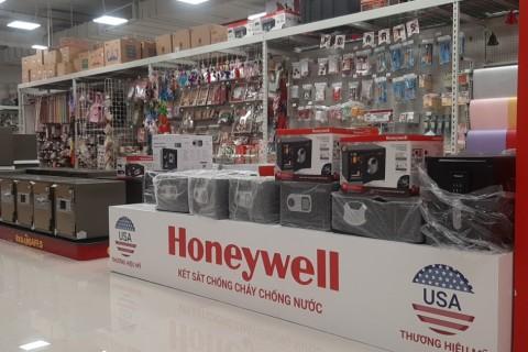 Newage Distribution mừng khai trương Ace Home Center tại thành phố Hồ Chí Minh