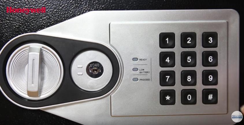 hệ thống khóa điện tử
